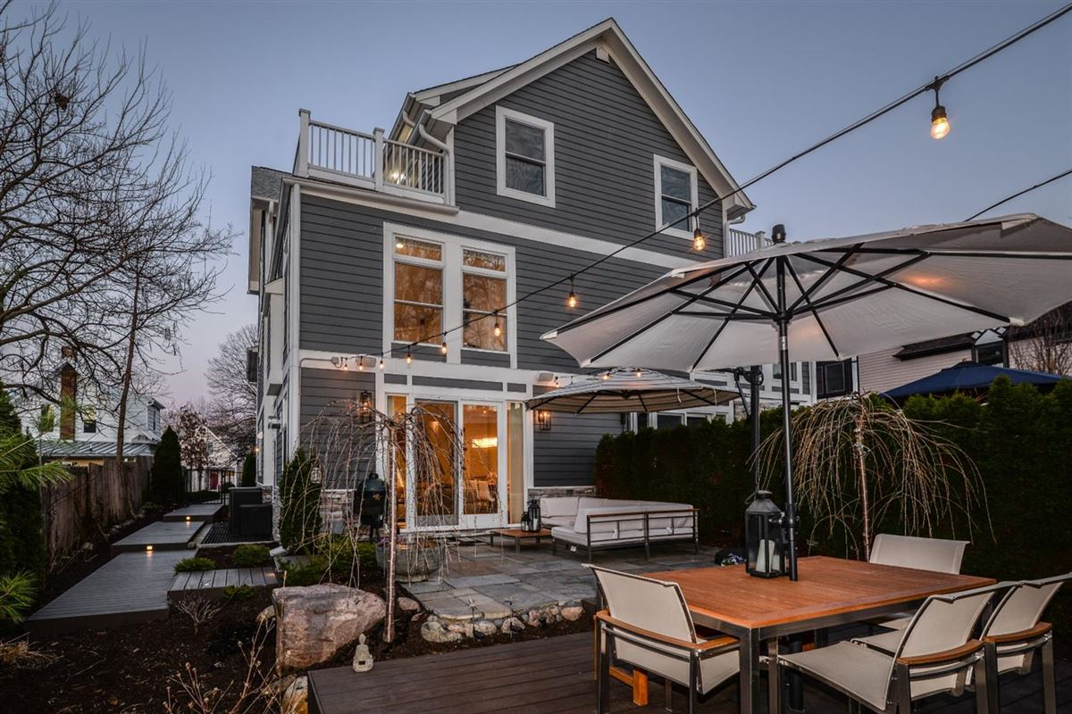 Luxury homes in well-appointed urban home in the heart of Kerrytown