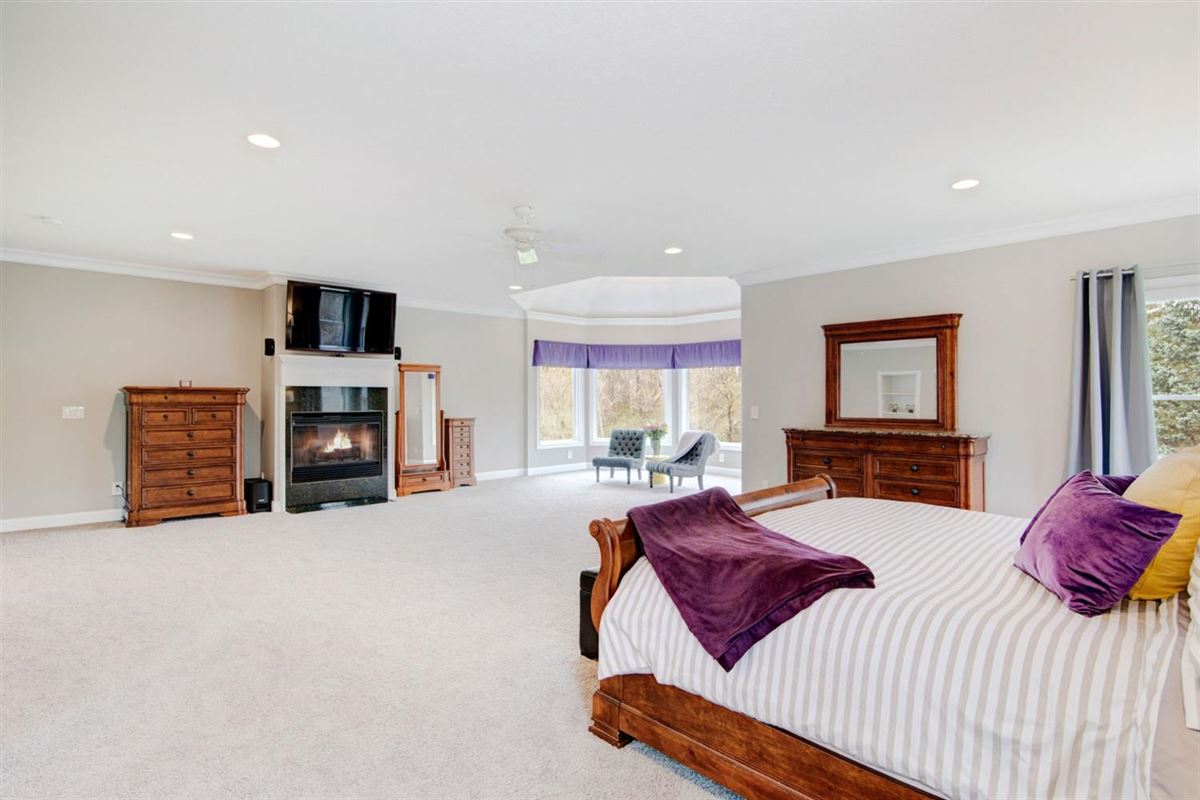 Mansions gorgeous executive property in Whitehills Woods