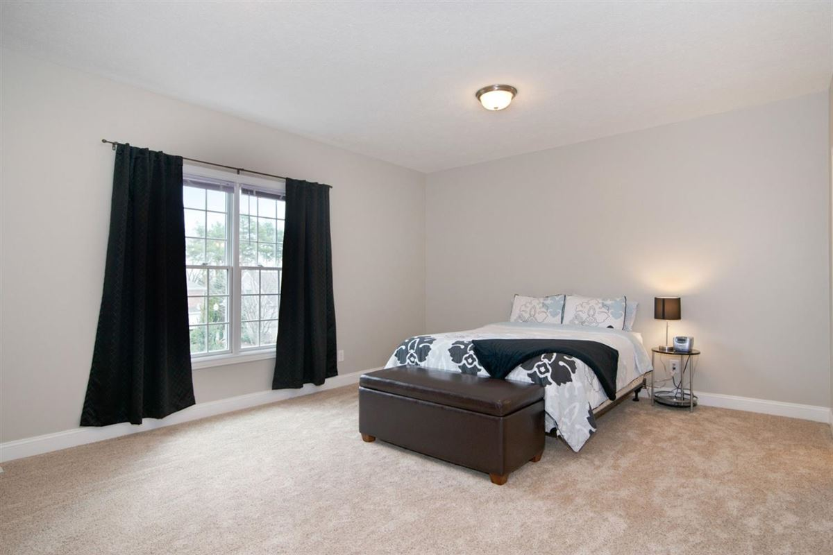 gorgeous executive property in Whitehills Woods mansions