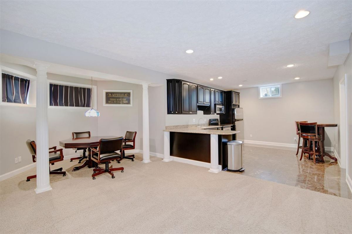 gorgeous executive property in Whitehills Woods luxury homes