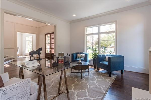 Luxury homes Fabulous custom new construction