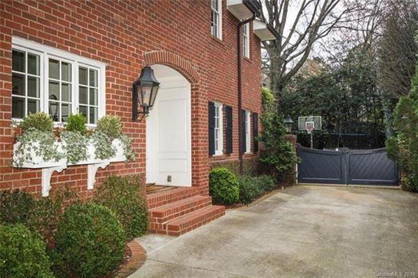 Luxury homes an Incredible Eastover home