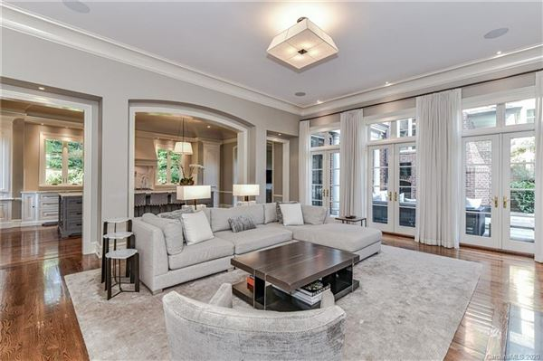 modern transitional design with refined elegance mansions