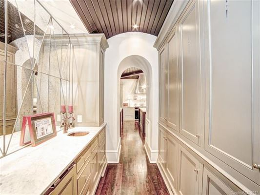 Luxury real estate  The Heart of Myers Park