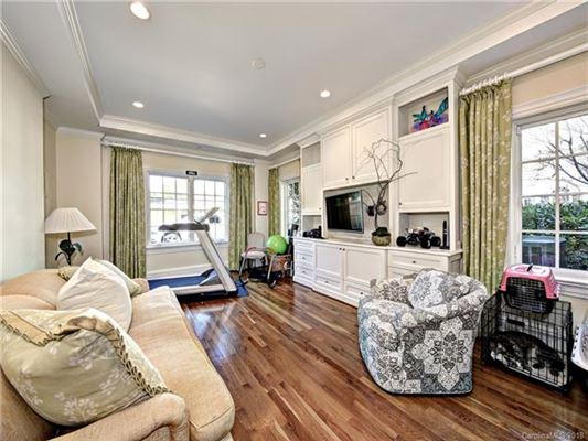 Mansions in Great Estate Living in the Heart of Myers Park