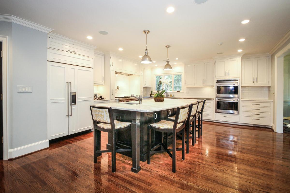 Luxury homes Stunning Eastover Estate