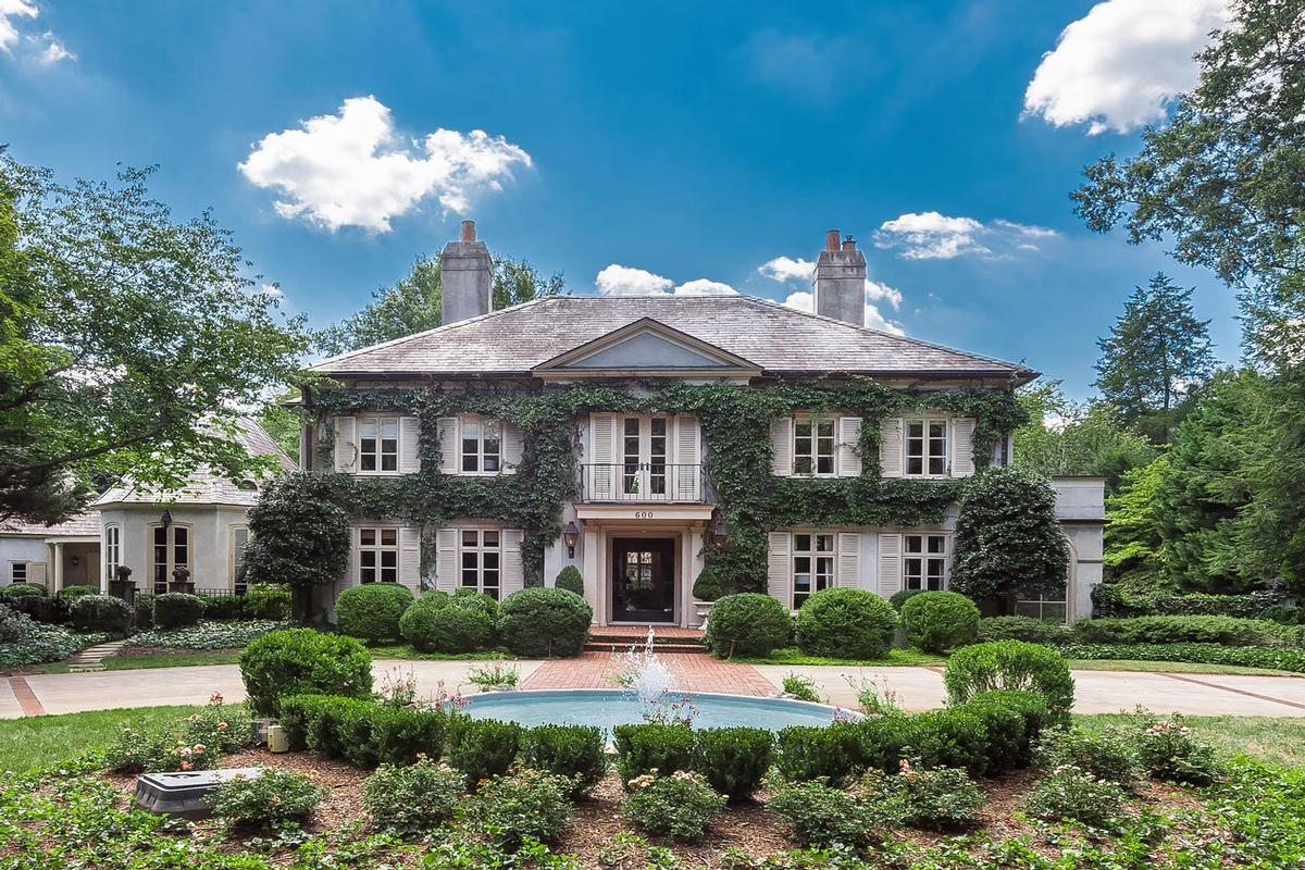 Perfect Rare Estate In Myers Park