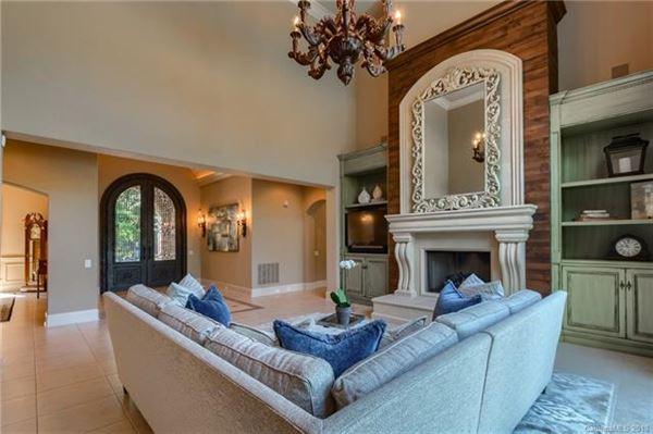 Luxury homes A hidden gem in the heart of Weddington