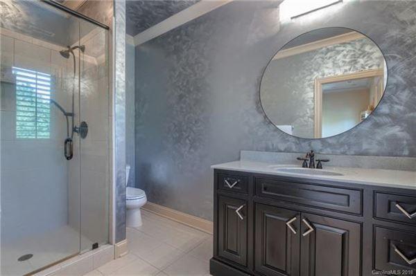 Luxury real estate A hidden gem in the heart of Weddington
