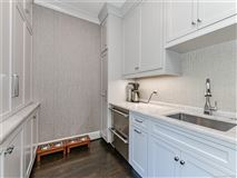Mansions  elegantly updated home in Foxcroft