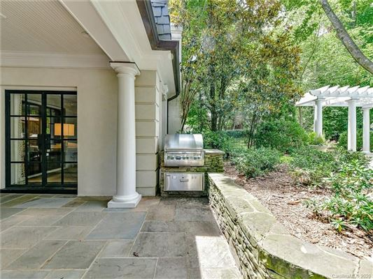 elegantly updated home in Foxcroft  mansions