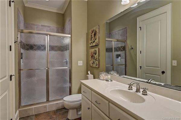 Luxury real estate Saddle Creek