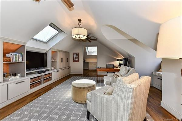 Luxury properties gorgeous five bedroom with circular drive