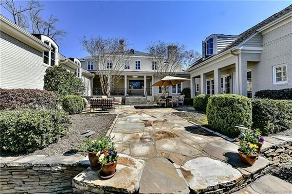 Luxury homes gorgeous five bedroom with circular drive