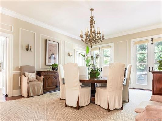 Luxury homes Rare opportunity in Myers park