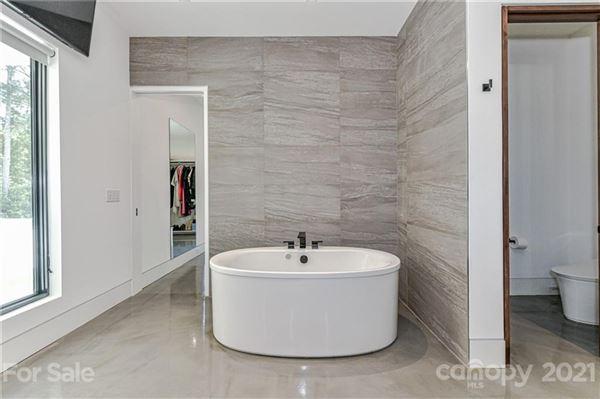modern serenity in Pellyn Wood luxury homes