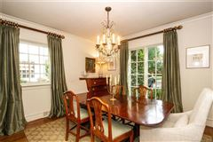 Fabulous four bedroom home mansions