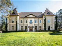 Luxury real estate Stunning European-inspired home in Treillage