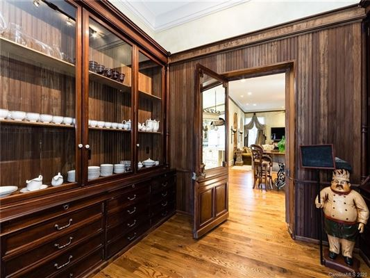 Mansions Stunning European-inspired home in Treillage