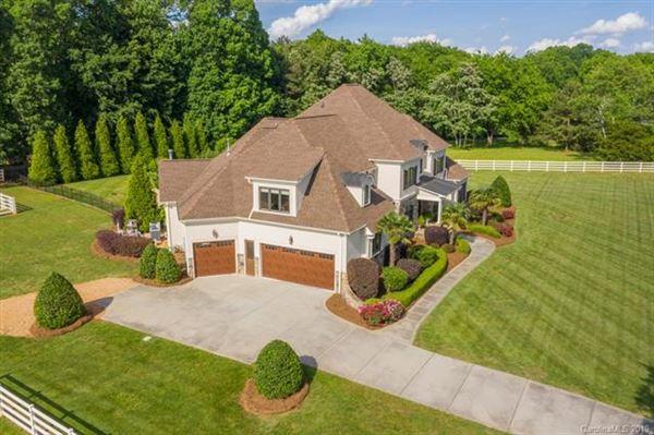 Luxury properties Incredible Equestrian Estate