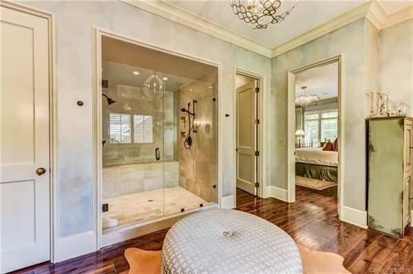 Luxury homes in Spectacular home in eastover