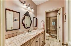Luxury properties Spectacular home in eastover