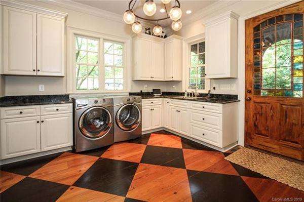 Luxury homes in gorgeous custom home
