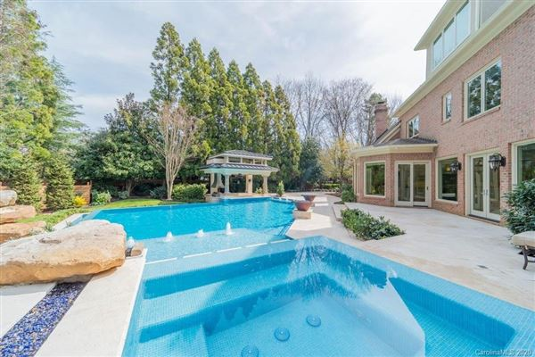 Luxury homes Incredible estate home on premier southpark lot