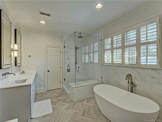 Luxury homes This Myers Park home has been completely renovated