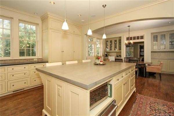 custom finishes throughout mansions
