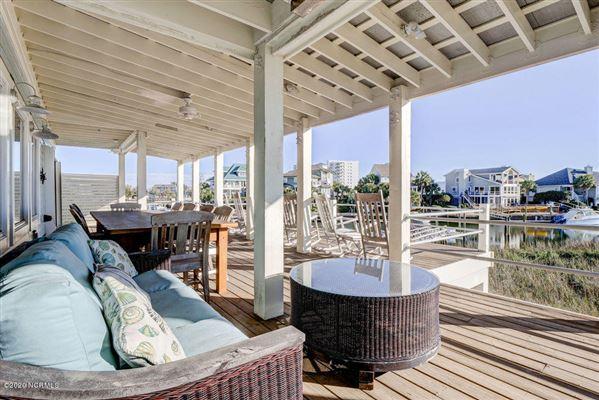 A true boaters paradise luxury properties