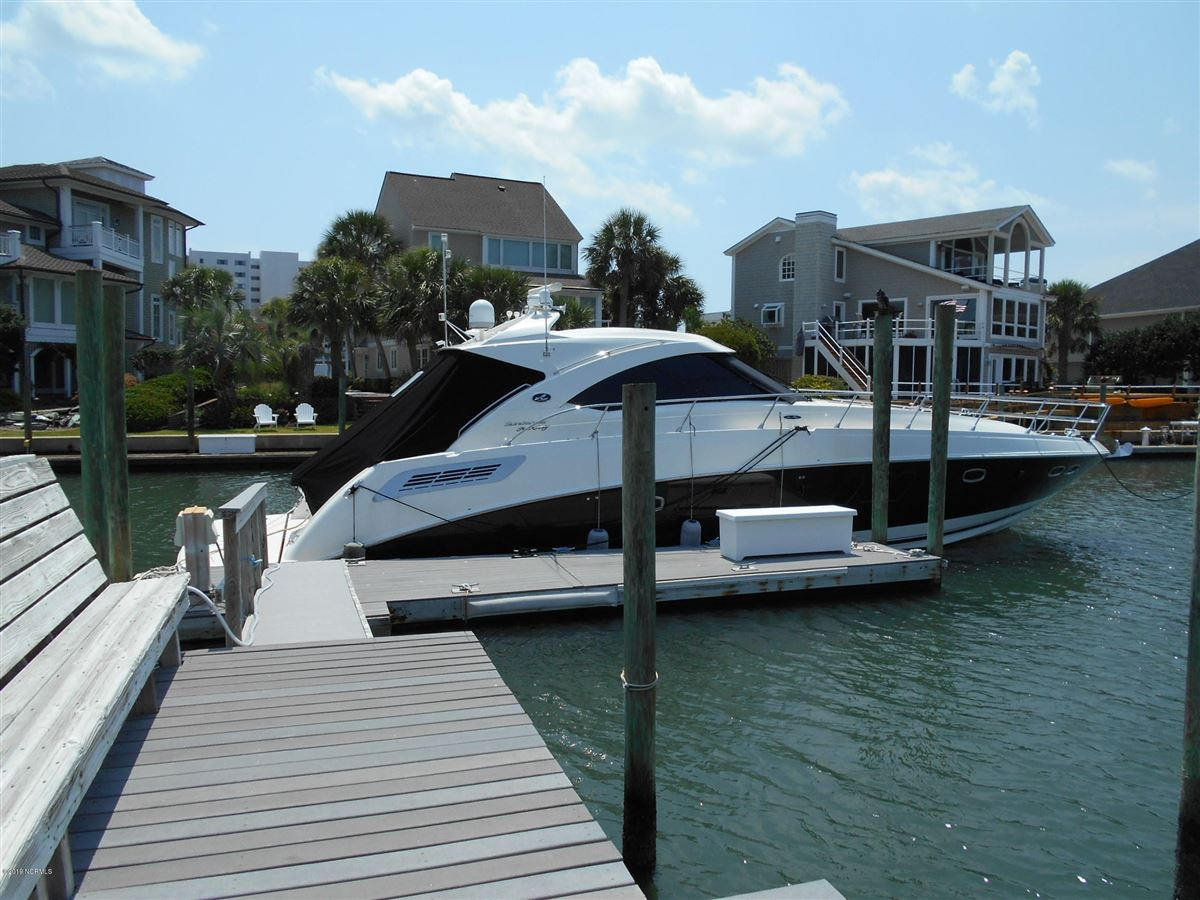 A true boaters paradise mansions