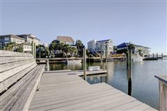 A true boaters paradise luxury properties