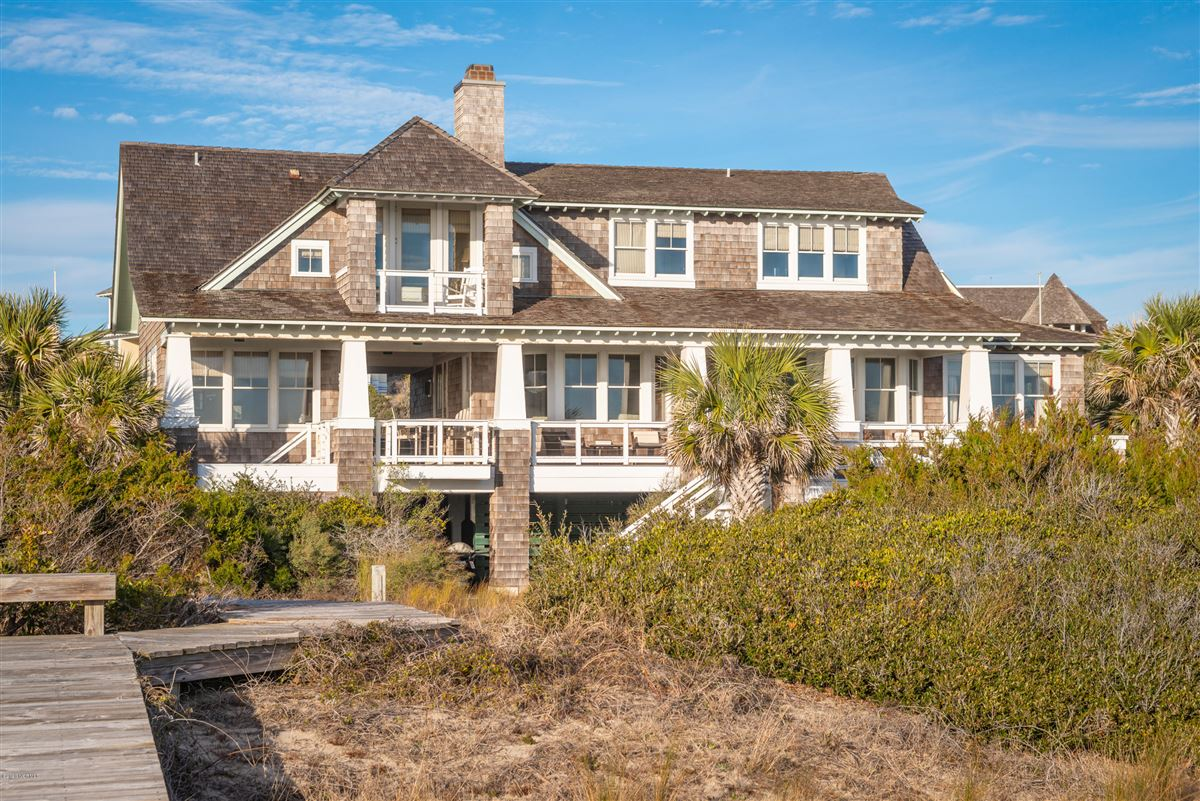 Luxury real estate Oceanfront with direct beach access