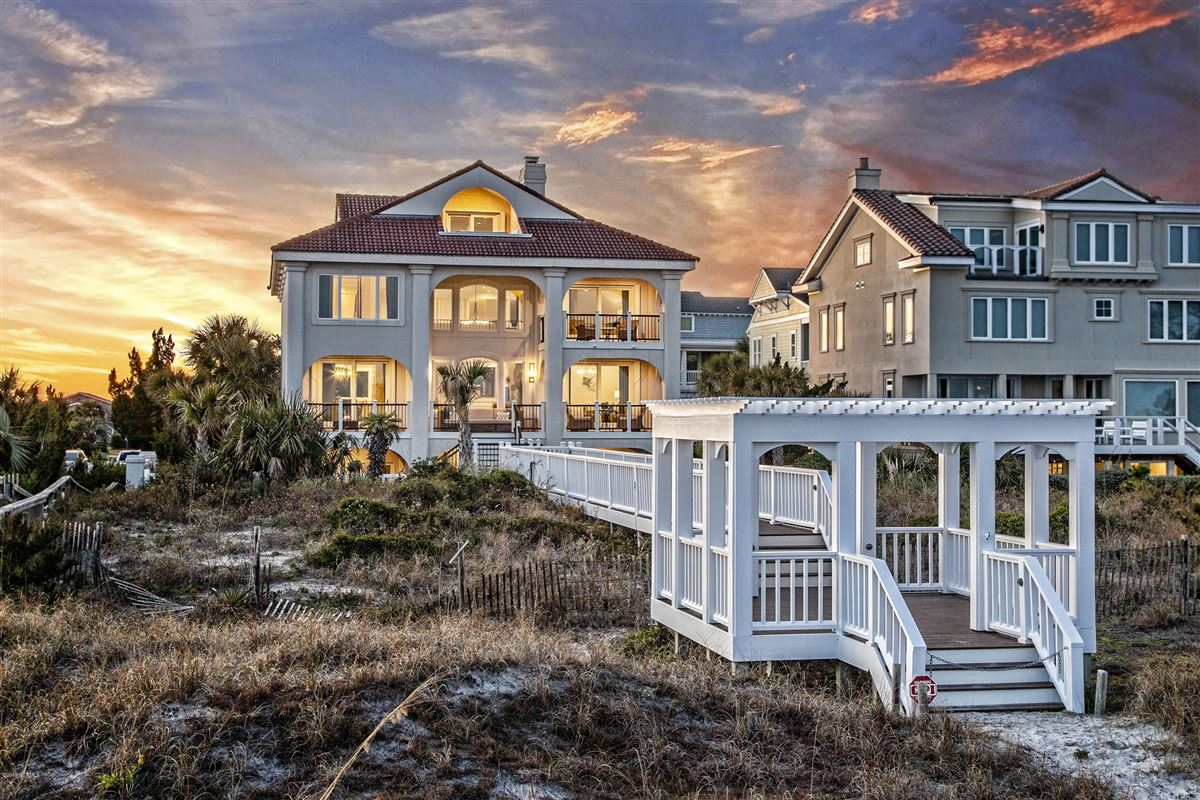 Luxury homes beautifully updated custom oceanfront home