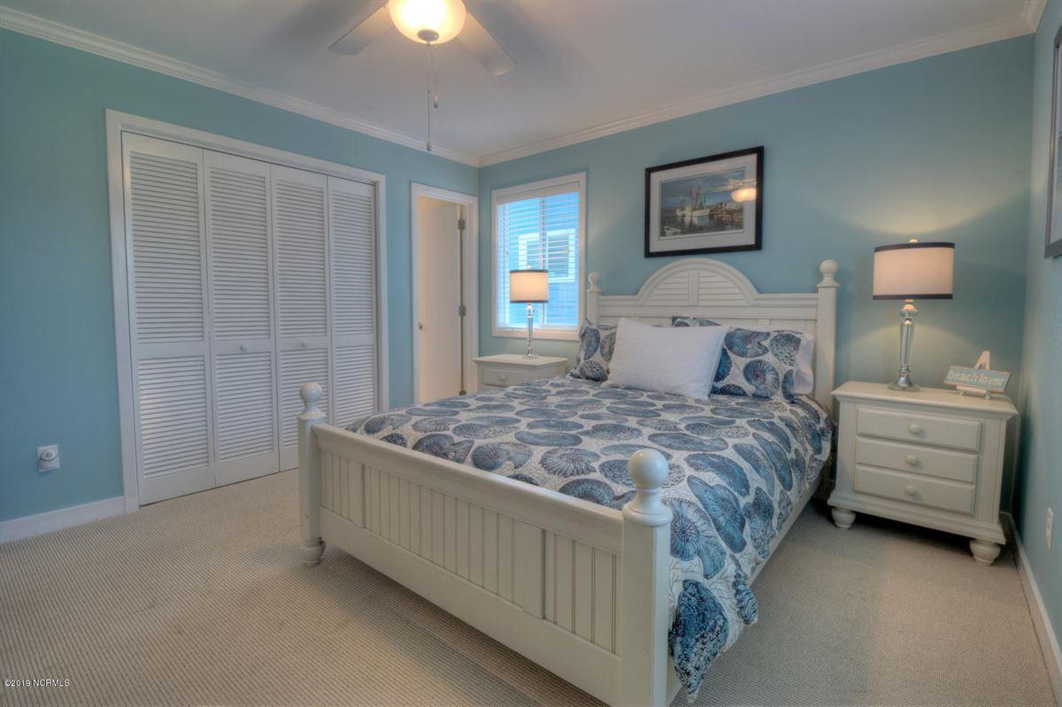 six bedroom oceanfront home luxury properties