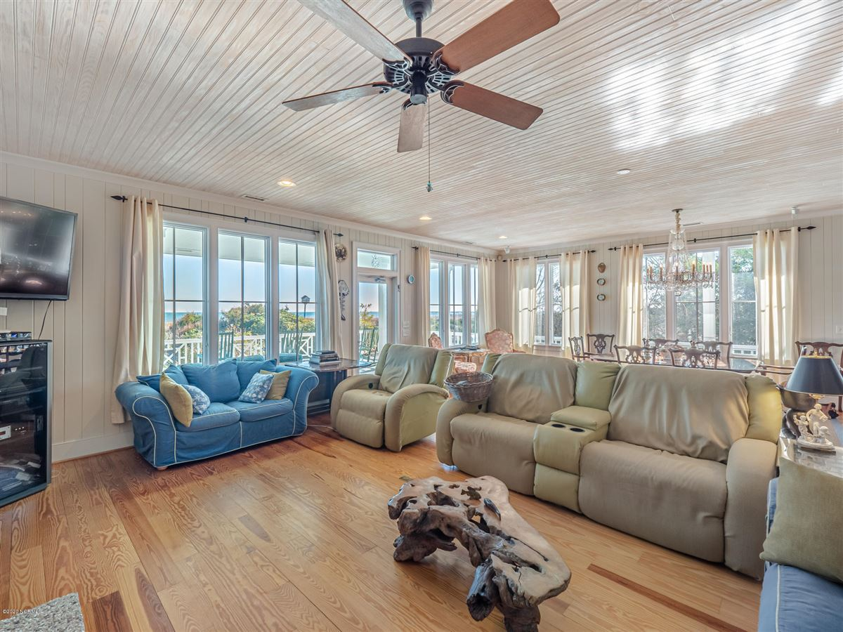 spacious oceanfront gem luxury real estate