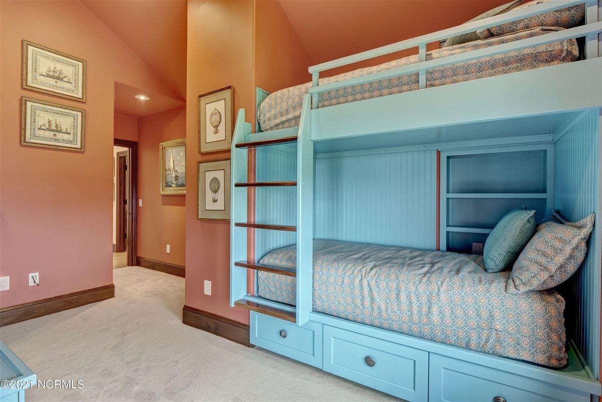 Luxury properties Spectacular oceanfront home