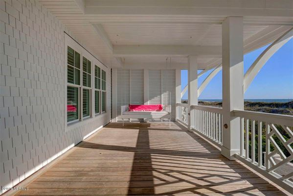 exquisite home on Figure Eight Island luxury properties