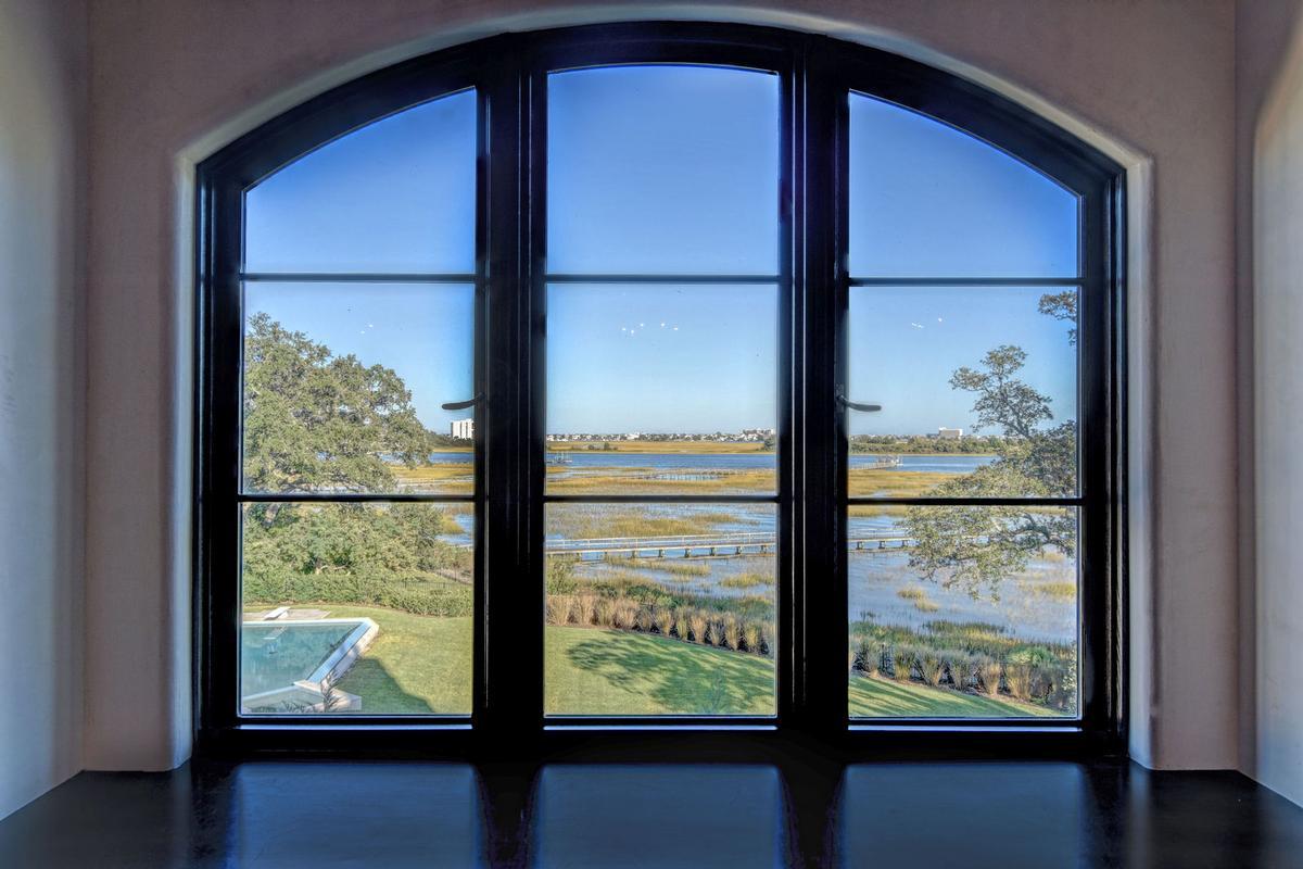 Luxury real estate Spectacular Bradley Creek Point Residence
