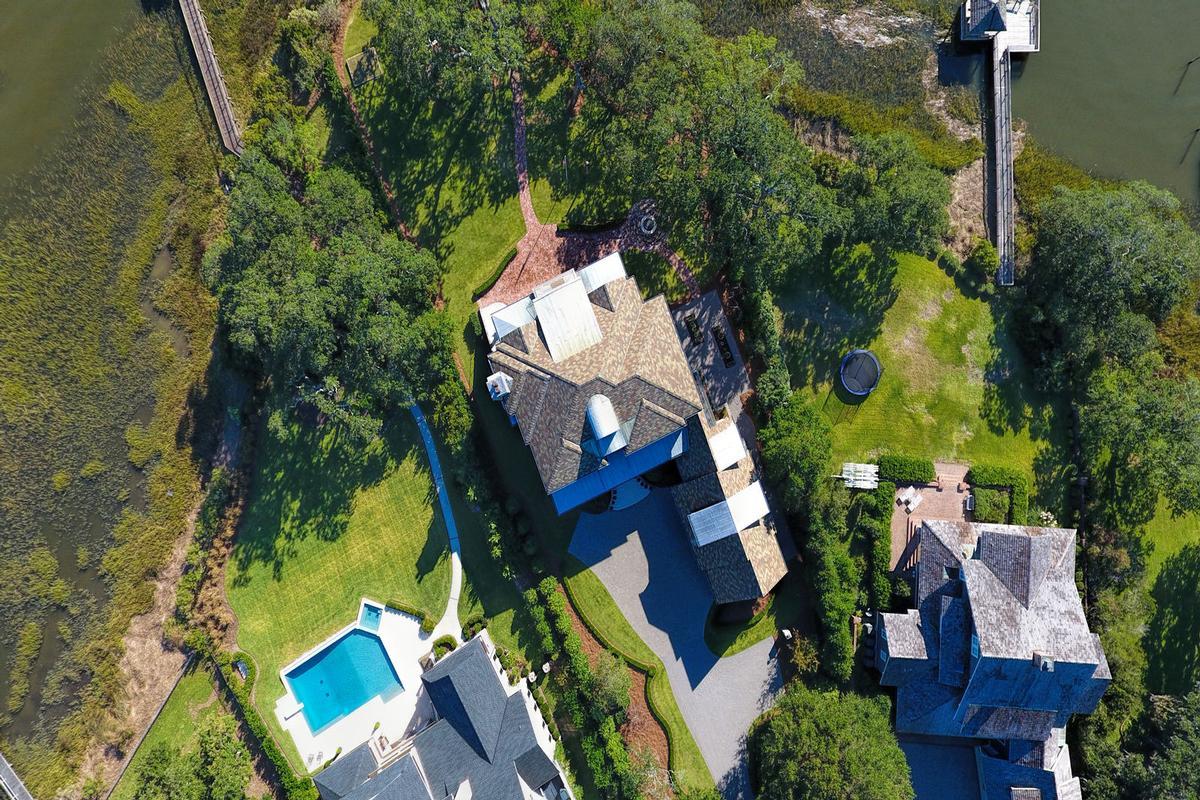 Luxury homes Spectacular Bradley Creek Point Residence