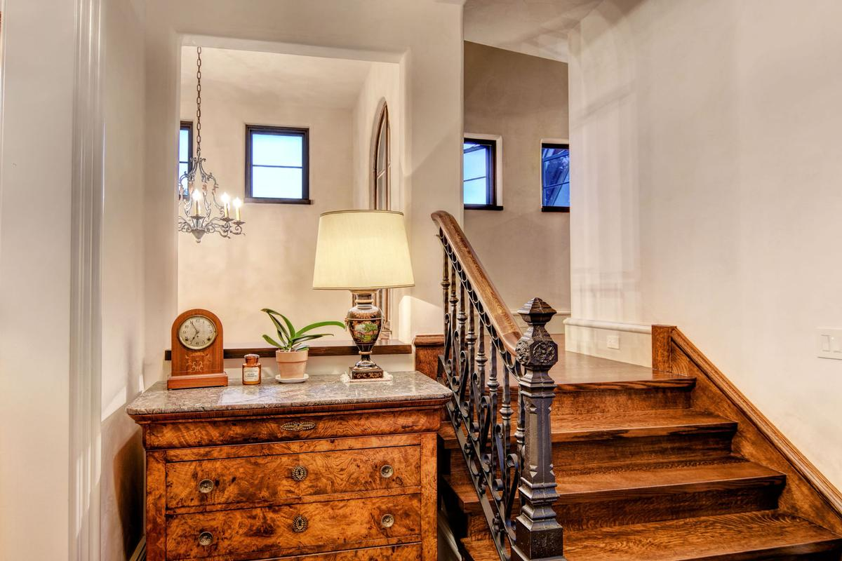 Spectacular Bradley Creek Point Residence luxury homes
