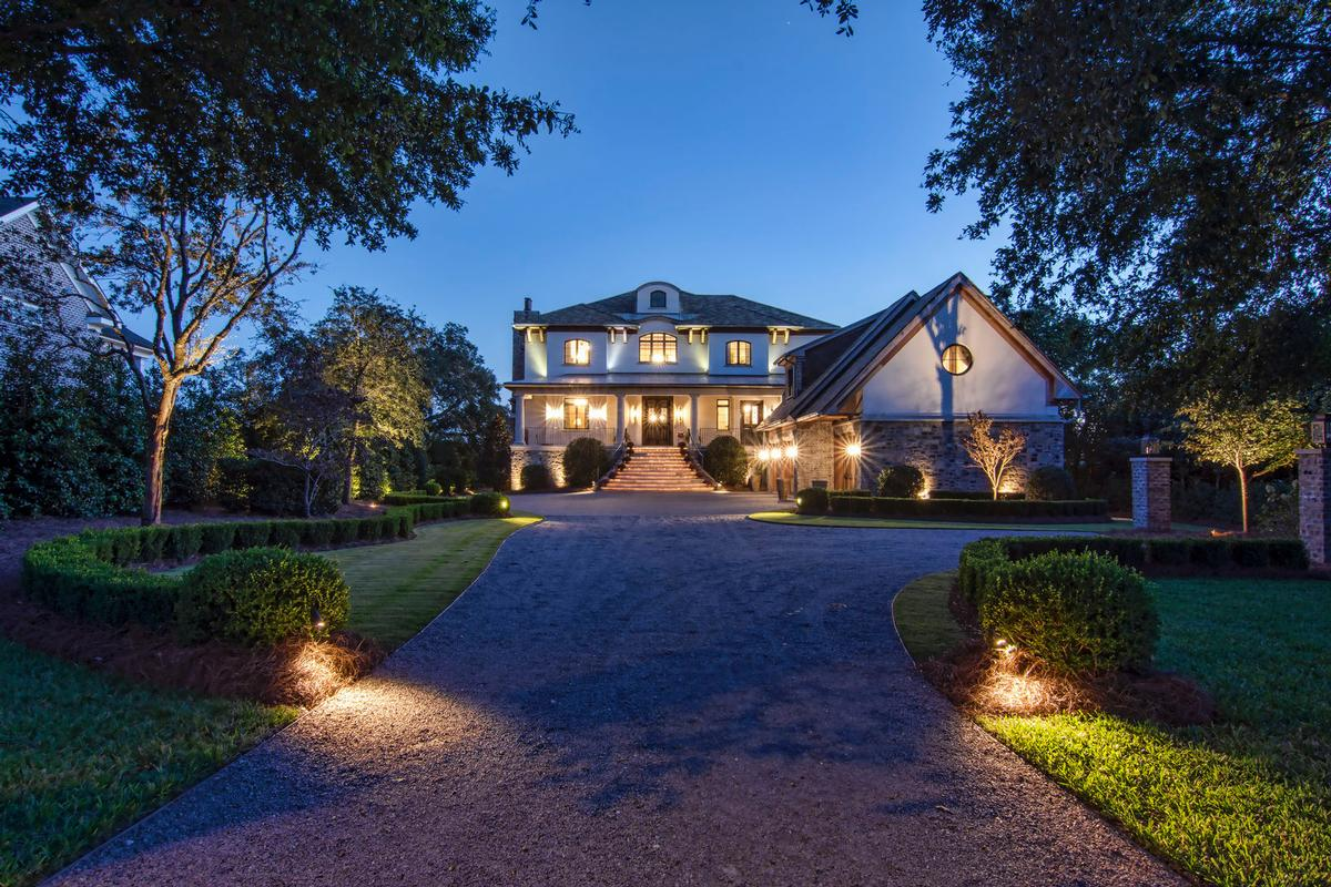 Spectacular Bradley Creek Point Residence luxury real estate