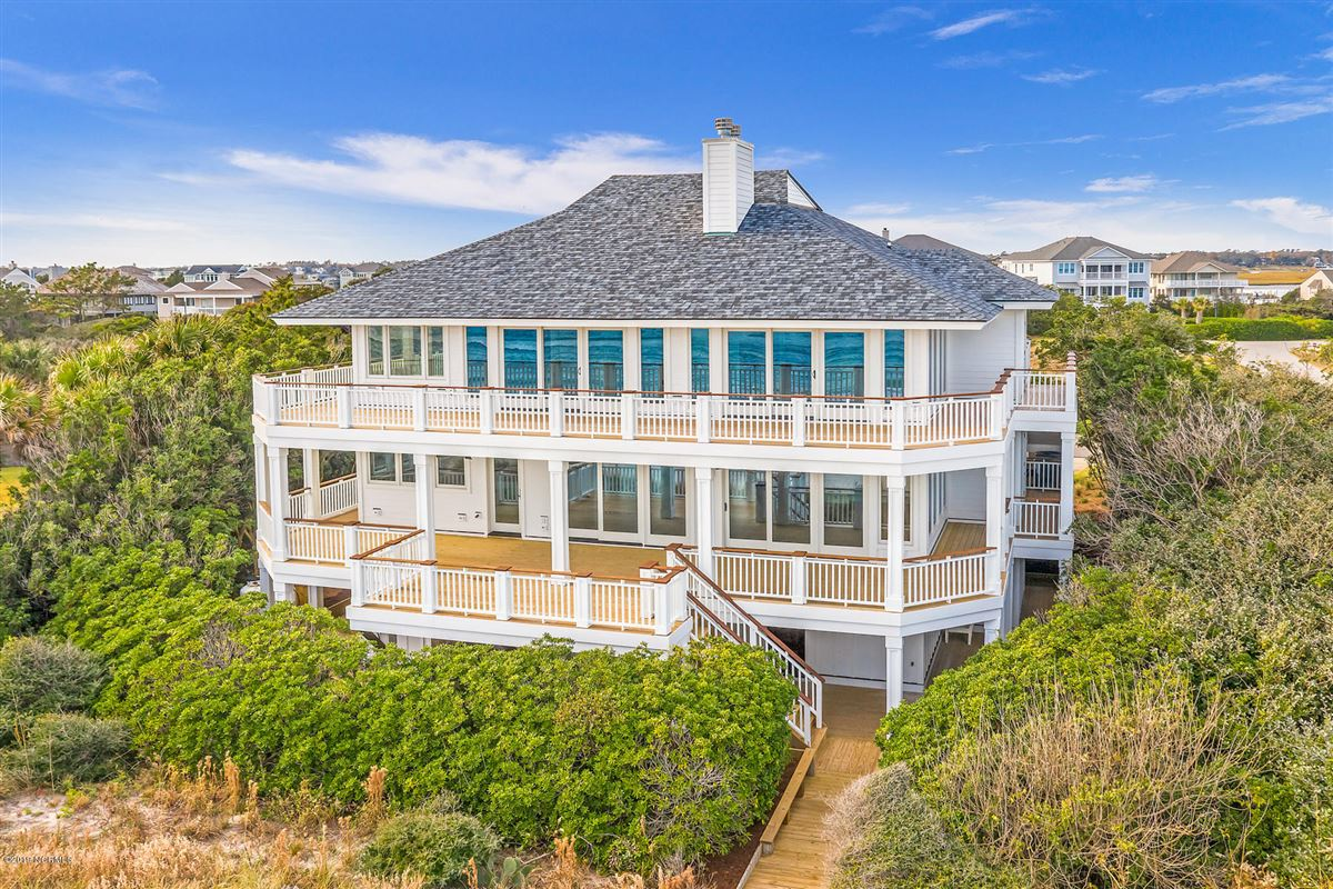 revered oceanfront home luxury properties