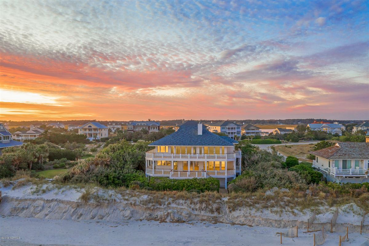 Mansions revered oceanfront home