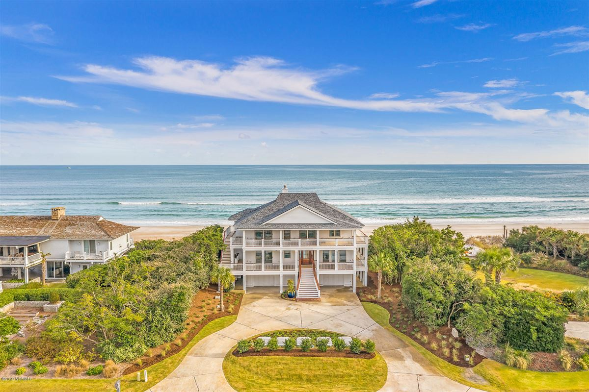 revered oceanfront home mansions