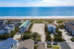 Mansions incredible oceanfront lot with many possibilities