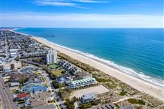 incredible oceanfront lot with many possibilities mansions