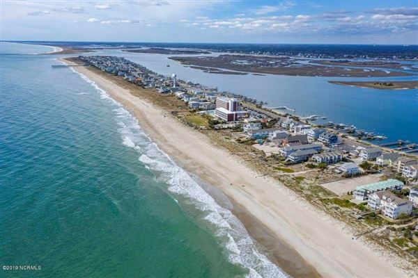 Luxury real estate incredible oceanfront lot with many possibilities