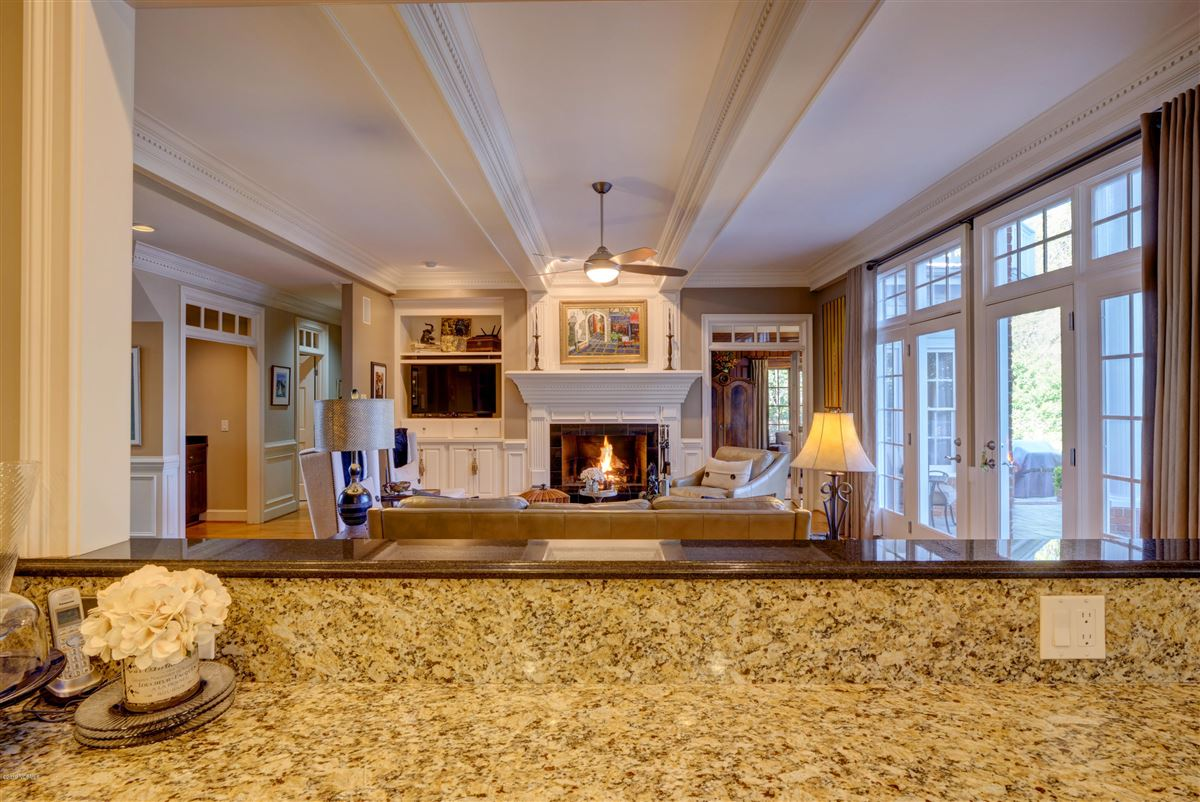 Georgian Landfall Masterpiece luxury real estate